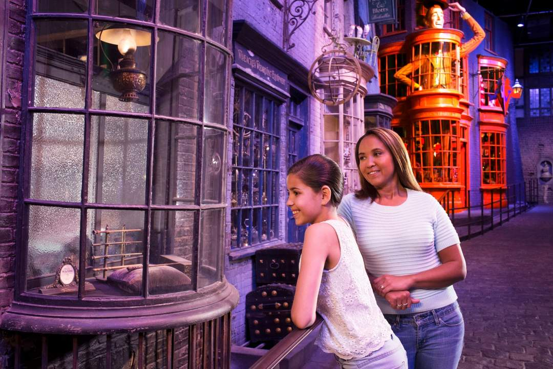 diagon alley harry potter world at Warner Bros. Studio Tour London